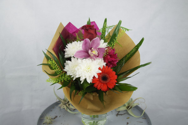 buchet de flori cu gerbere
